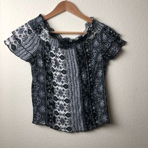 ByBy | Cropped Paisley Top